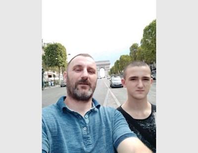 Загиналият Тодор с баща си
