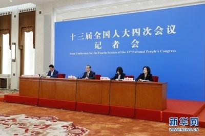 Китай ще продължи да засилва сътрудничеството с международната общност в справянето с пандемията от COVID-19