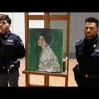 Откриха открадната картина на Климт в стените на италианска галерия (Видео)