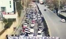 """300 коли с фенове на """"Локо"""" (Пд) на шествие за равно финансиране (видео)"""