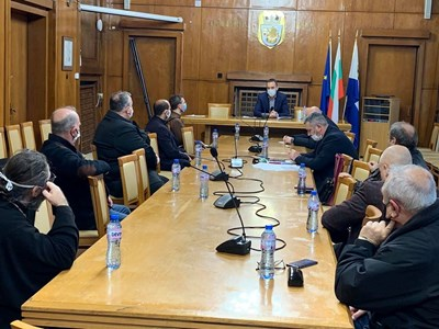 За втори ден от кризисния щаб в Бургас отчитат липса на новорегистриран с коронавирус.