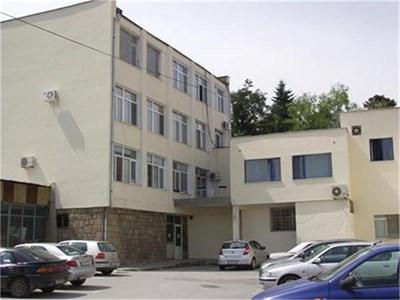 В болницата в Кюстендил за лечение са хоспитализирани само двама с коронавирус. Снимка Архив