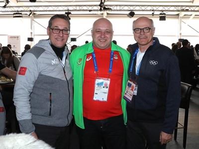 Вицепремиерът на Австрия, Красен Кралев и президентът на Националния олимпийски комитет на Австрия Карл Щос СНИМКА: ММС