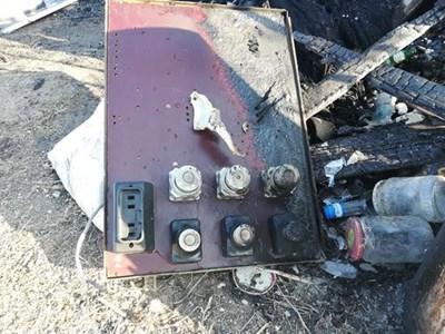 Постройката била със самоделно електрическо табло   СНИМКА: Пресцентър на МВР