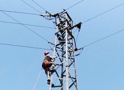 Пуснаха тока на Бистрица по алтернативни  далекопроводи