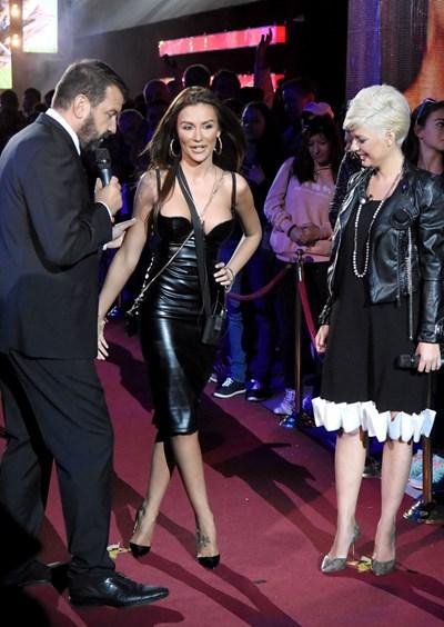 """С водещите на """"ВИП Брадър"""" Ники Кънчев и Александра Сърчаджиева, преди да влезе в риалити шоуто."""