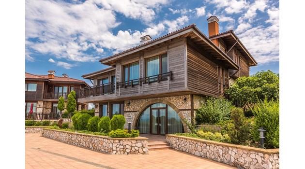 Българска къща за  1,4 млн. евро се бори за най-желана на света
