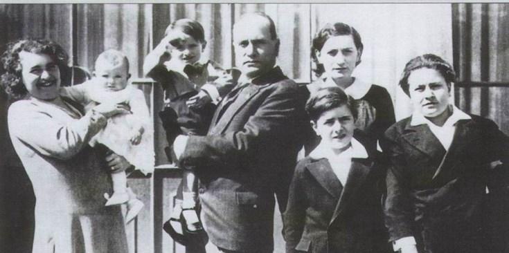 Мусолини имал над 60 любовници и десетина деца