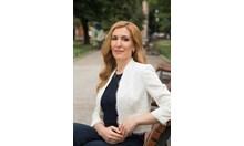 Ангелкова: На 17 плажа по Черноморието ни - безплатни чадъри и шезлонги