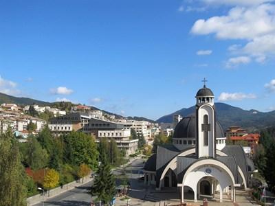 Родопският град е притегателен за туристи от страната и чужбина.