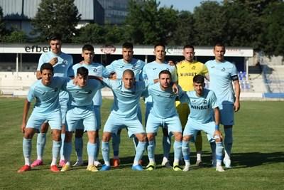 """Във втората си контрола това лято """"Дунав"""" удари втори път """"Спартак"""" Вн, този път в Русе, със 7:1."""