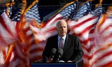 Маккейн оцеля по чудо след плен и изтезания във Виетнам, но се предаде на рака