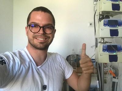 Д-р Радислав Наков смята, че не е получил асистентското място заради онкозаболяването си. СНИМКА: ЛИЧЕН ПРОФИЛ ВЪВ ФЕЙСБУК