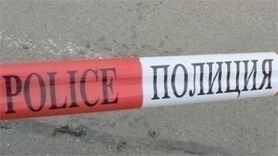 """Труп на жена е намерен край местността """"Толева махала"""", била е блъсната от кола"""