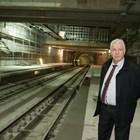 Инж. Стоян Братоев със семейството на рождения си ден, но първо показа новите метростанции на кмета