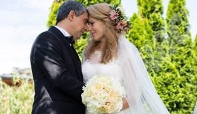 Деси и Росен Плевнелиеви са щастливи заедно като в деня на сватбата си
