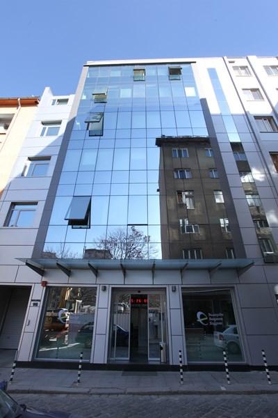 Сградата на БЕХ.