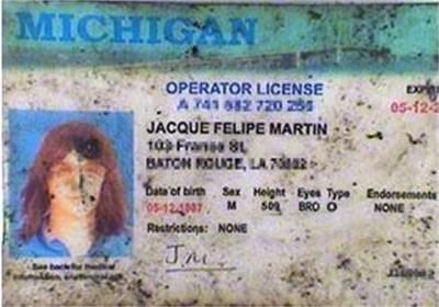 Снимка на фалшивата шофьорската книжка на атентатора, разпространена от ABC News.