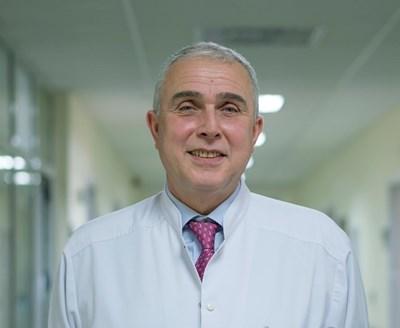 Проф. Владов: Спасихме с 16 реоперации трансплантиран пациент - и под 1% шанс да има, не спирам