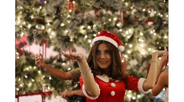 Коледа е чудно време за обществено порицание