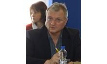 Борисов още държи карето аса