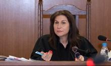 Цветан Василев иска да се обяснява по КТБ  от Белград, а не лично в спецсъда (Обзор)