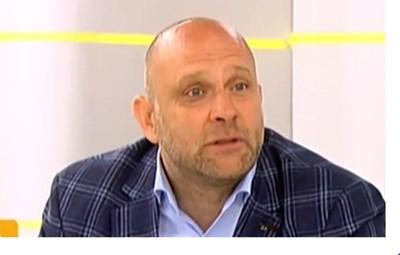 Тити Папазов Кадър: Нова тв