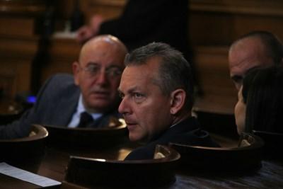 Шефът на ДАНС Димитър Георгиев бе на гласуването на второ четене на промените в Закона за мерките срещу изпирането на пари. Снимка: Николай Литов