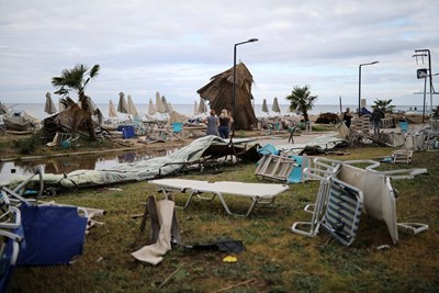 Бурите в Гърция причиниха много щети СНИМКИ: Ройтерс
