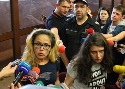 Десислава Иванчева и Биляна Петрова бяха отстранени временно от длъжност.  СНИМКА: БЛАГОЙ КИРИЛОВ