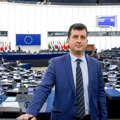АСИМ АДЕМОВ, евродепутат от ГЕРБ/ЕНП