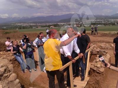 Борисов инспектира разкопките край лот 3.1 СНИМКИ: Авторката СНИМКА: 24 часа