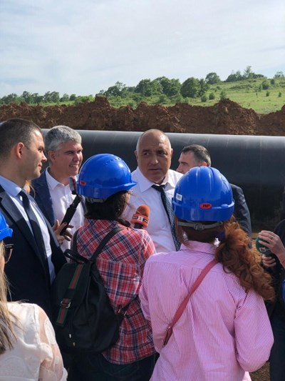 """Борисов се запозна с извършените от """"Булгартрансгаз"""" ЕАД дейности по разширението на газопреносната инфраструктура от българо-турската граница до българо-сръбската граница. Снимки правителствена пресслужба"""