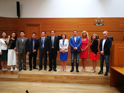 Китайската делегация в пловдивския общински съвет