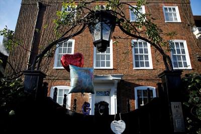 Къщата, която се отдава под наем Снимки Ройтерс