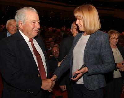 Акад. Благовест Сендов със столичния кмет Йорданка Фандъкова