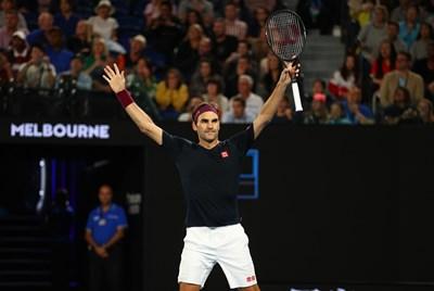 """Роджър Федерер вече има 100 победи в два турнира от """"Големият шлем. Снимка: Ройтерс"""