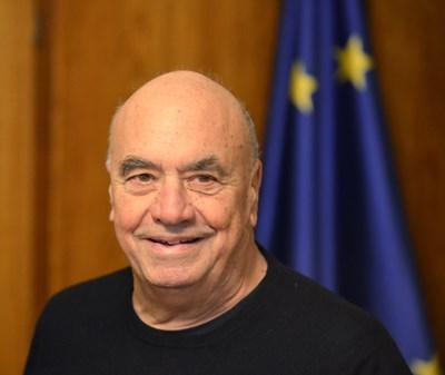 Масимилиано Фуксас