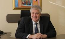 Проф. Асен Балтов: Благодаря! С вашите 1,3 млн. лв. купихме апаратура за най-тежко болните
