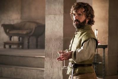 """Питър Динклидж в образа на Тирион в кадър от """"Игра на тронове"""""""