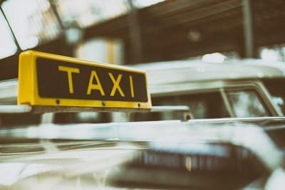 Учениците Симеон Д. и Костадин С. опитали да вземат оборота на 31-годишния таксиджия, като са стреляли с пистолет и пушка по шофьора  СНИМКА: pixabay