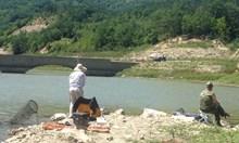 Наслука: Големи барбуни от Принцовите острови се хващат край Варна