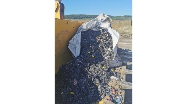 Откритите край Червен бряг отпадъци от батерии - внос от Словакия и Румъния