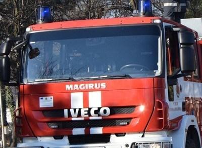 Една пожарна кола Снимка: Архив