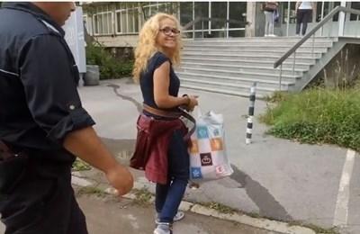 Десислава Иванчева преди да влезе в болницата Кадър: Фейсбук/ Десислава Иванчева