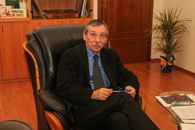 проф. Бонджолов