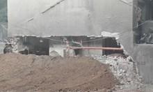 Стена се срути при строеж на нов блок в Бургас, евакуират възрастен мъж (Снимки)