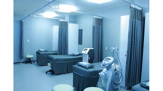 Спират плановите операции и приема в болници за всички области в червено (Заповед)