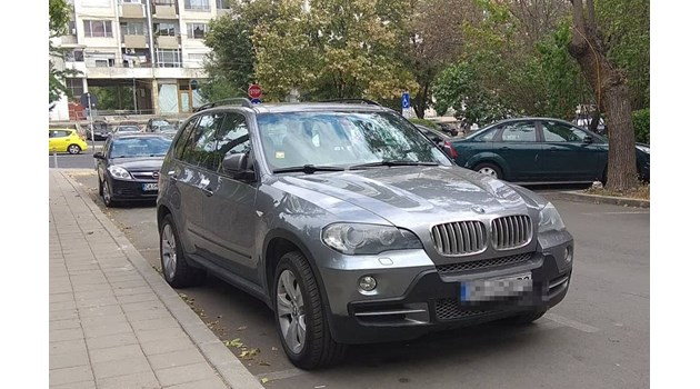 Нови арести след скандала с Арабаджиеви,  500 000 лева открити в джип на захарен шеф (обзор)