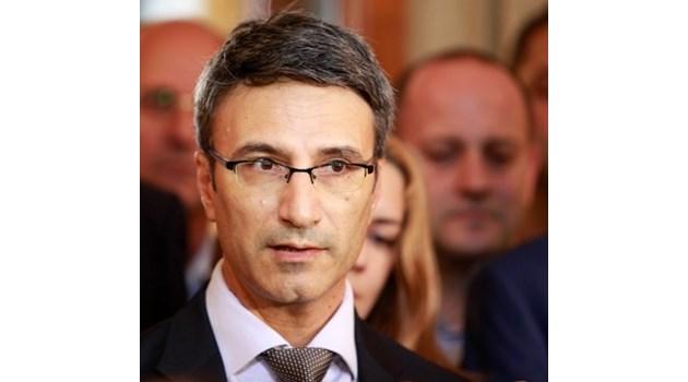 """Трайчо Трайков за """"Фолксваген"""": Няма качествени кадри, липсва и инфраструктура"""